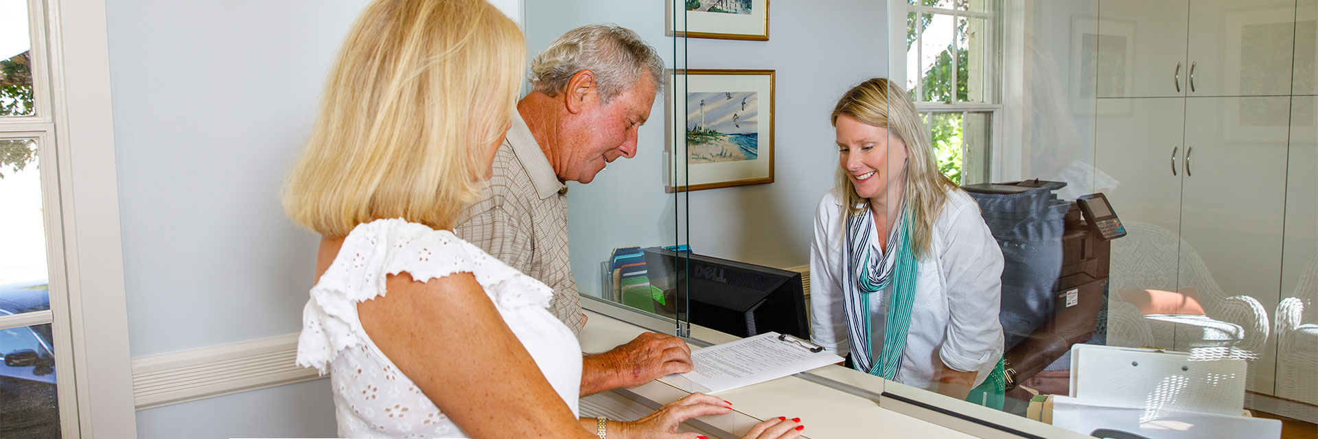 Jonna Foos checking in patients